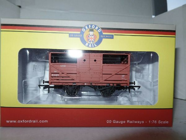 Oxford Rail OR76CAT001B CAT001B 1/76 OO Scale British Railways Cattle Wagon